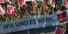Manifestation pour une hausse des salaires dans les services publics