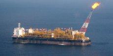 Total détient déjà une plateforme offshore à 150 km des côtes angolaises qui produit 240.000 barils par jour