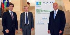 Pierre-Eric Pommellet, président de Thales Systèmes Aéroportés, Michel Mathieu, président de Thales Avionics et Alain Rousset, président du Conseil régional d'Aquitaine