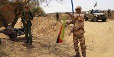 Cet appel survient deux semaines après une lourde défaite de l'armée malienne face à la rébellion touareg dans la ville de Kidal (nord-est) au cours de laquelle une cinquantaine de soldats ont été tués.