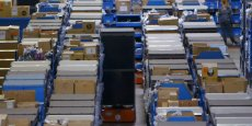Amazon compte désormais quelque 96 entrepôts de réapprovisionnement à travers le monde. (Photo : capture d'écran d'un vidéo réalisée par Wired)