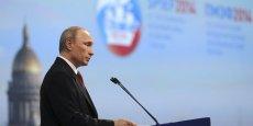 Vladimir Poutine maintient sa ligne en Ukraine malgré les sanctions occidentales