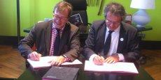 Olivier Farron, administrateur du CNAM et Jacques Comby président de Lyon 3 ©Chloé Riegler