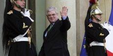 Le vice premier ministre irlandais Eamon Gilmore a démissionné lundi