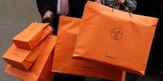 Le groupe dirigé par Bernard Arnault contrôle actuellement 23% du capital d'Hermès. | REUTERS