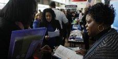 Le pays a créé 217.000 emplois le mois dernier, contre 282.000 (révisé) en avril, son niveau le plus élevé en plus de deux ans. (Photo : Reuters)