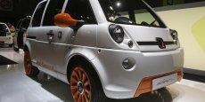 La voiturette électrique de Mia Electric