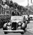 Mussolini dans son Alfa Romeo 6C 2300