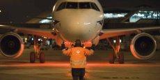 Dans la nuit de samedi un avion de la compagnie United a dû faire une halte imprévue à l'aéroport de Belfast pour débarquer un passager intempestif.