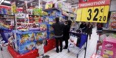 Au rayon jouet, les classifications par genre ont la vie dure. Le Sénat recommande, pour lutter contre eux, d'attribuer de mauvais points aux distributeurs et fabricants qui perpétuent ces stéréotypes.