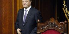 Petro Porochenko joint sa voix à celle des Etats-Unis et de la Grande-Bretagne dont les chefs d'Etat et de gouvernement respectifs ont également dénoncé ce choix français. | Reuters