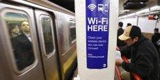 Le WiFi dans le métro de New York : les Etats-Unis ne sont que deuxième, derrière la France, en nombre de bornes WiFi publiques.