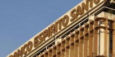 La BES est minée par les difficultés financières des trois principales holdings du groupe familial Espirito Santo qui sont désormais toutes placées en redressement judiciaire au Luxembourg, où elles ont leur siège.