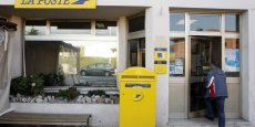 La Poste est accusée d'avoir appliqué des hausses de tarifs excessives sans pour autant avoir amélioré la qualité du service.