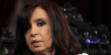 Le choix est cornélien pour Cristina Kirchner. Vu la somme, payer les deux fonds vautours pourrait être perçu comme une solution pragmatique. Mais si elle le fait, l'Argentine risque de créer un précédent et d'aiguiser l'appétit d'autres créanciers pour un montant estimé à 10 milliards de dollars supplémentaires. (Photo : Reuters)