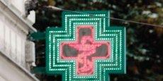Parmi les mesures prévues par le gouvernement, il y a la vente de médicaments sans ordonnance par les grandes surfaces.