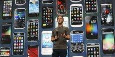 Mark Zuckerberg parie sur le mobile pour répandre l'accès à Internet. (Reuters)