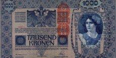 Billets austro-hongrois de 1.000 couronnes surchargés « Deutschösterreich » en rouge.