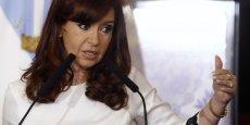 En vertu de la loi proposée par la présidente argentine, la dette du pays pourra être payée à Buenos Aires, Paris, ou dans un autre lieu choisi par les créanciers.