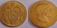 Une pièce austro-hongroise en or de 10 couronnes frappée en 1915.
