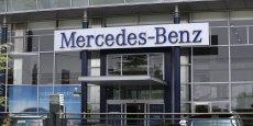 Mercedes-Benz (en photo, son siège à Shangaï) a confirmé lundi qu'elle apportait son assistance aux autorités anti-monopoles chinoises.