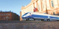 Maquette de TGV sur la place du Capitole, à Toulouse (31)
