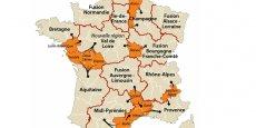 le redécoupage des régions, ainsi que le rattachement des départements, imaginés selon le rapport Raffarin / Krattinger