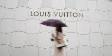 En 2013, les imitations de marques de luxe représentaient en valeur environ la moitié des produits saisis par les douanes françaises.