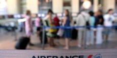 La concurrence du low cost à laquelle font face ces entreprises françaises, accompagnée d'une conjoncture morose, fragilisent Air France et ses consœurs.