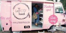 La boutique ambulante de Vanessa Theuriot se déplace uniquement le week-end.