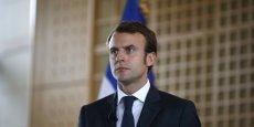 Rien n'empêche Monsieur Leclerc d'avoir une officine de pharmacien dans son Leclerc ou devant son Leclerc, explique Emmanuel Macron.