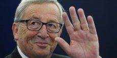 L'équipe Juncker a obtenu 423 voix des conservateurs du PPE, des socialistes et des libéraux, qui forment une grande coalition au sein du Parlement.