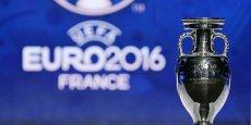 Pour l'événément, une structure juridique ad hoc a été créée, baptisée 'Euro 2016 SAS', et détenue à 95% par l'UEFA et à 5% par la Fédération française de football, d'après les Échos.