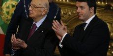 Ancien membre du Parti communiste, Giorgio Napolitano (ici en février 2014 aux côtés du Premier ministre Mateo Renzi) a été élu pour la première fois au Parlement en 1953.