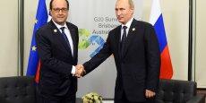 La rencontre entre François Hollande et Vladimir Poutine samedi à Brisbane, lors du sommet du G20. Une source russe haut placée, citée par l'agence russe Ria Novosti, avait déclaré vendredi que la France avait jusqu'à fin novembre pour livrer un premier navire de guerre Mistral à la Russie, sauf à s'exposer à de sérieuses demandes de compensation.