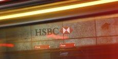 HSBC Private Bank aurait vendu des sociétés offshore à certains de ses clients en vue de contourner la directive européenne de 2003 sur la fiscalité de l'épargne.