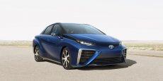 La Mirai, ou futur en japonais, est la première berline de Toyota qui roulera avec une motorisation à pile à combustible.