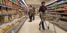 Les pourparlers entre grands distributeurs de biens de consommation français et leurs fournisseurs s'achèvent ce samedi 28 février .