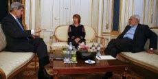 Le secrétaire d'Etat américain va rencontrer à Vienne son homologue saoudien le prince Saoud al-Fayçal, d'après un diplomate américain. Cet entretien entre les deux ministres qui se connaissent très bien n'était ni prévu ni annoncé par l'Arabie saoudite, la grande rivale régionale de l'Iran. John Kerry informera son hôte saoudien de l'avancée des négociations sur le nucléaire, a dit ce responsable du département d'Etat.