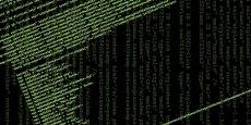Dans le monde virtuel, le combat entre attaque et défense prend une connotation particulière. Les attaquants se professionnalisent : les attaques sont quasiment de type militaire, et la plupart des systèmes informatiques existants n'ont pas été conçus pour être protégés.