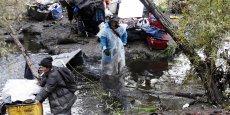 Les prix exorbitants des loyers ont poussé bon nombre de personnes à la rue, certains trouvant refuge dans la Jungle.