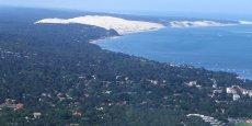 Derrière la dune (au fond) la plus haute d'Europe, les camping vont devoir laisser de la place au sable
