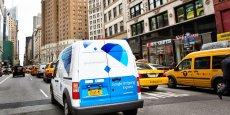 Google Shopping Express livre les habitants de New York, mais aussi de San Francisco, Seattle ou Chicago qui commandent des produits chez le libraire Barnes & Nobles ou bien le distributeur Target en moins de 24 heures.