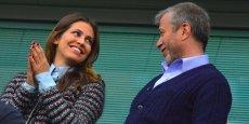 Le propriétaire du club de foot de Chelsea, Roman Abramovich et sa compagne Dasha Zhukova font partie des plus grosses fortunes russes en Grande-Bretagne.
