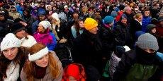 En 2014, en France métropolitaine et dans les quatre DOM, la population monte à 65.906.986 personnes au 1er janvier 2014, une hausse de 342.230 habitants (+0,5%) par rapport aux chiffres du 1er janvier 2013.