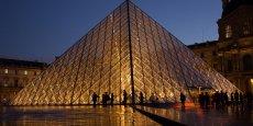 La Victoire de Samothrace a réintégré le Louvre fin juin 2014, attirant de nouveaux visiteurs.
