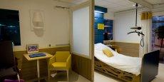 Modulaire et personnalisable, la chambre de cet Ehpad d'un nouveau genre évolue en fonction des besoins de son occupant grâce à des parois coulissantes et à du mobilier adaptable pour faciliter la mobilité des personnes âgées.