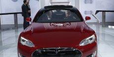 Inconnue il y a cinq ans, la marque Tesla veut plus aujourd'hui que Peugeot