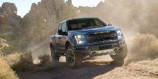 Ford F150 Raptor, lancé en 2014, reçoit de nouveaux équipements à l'occasion du salon de Détroit.