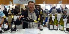 Certains vignerons viennent chaque année, tel Pierre Finon, originaire de Charnas.